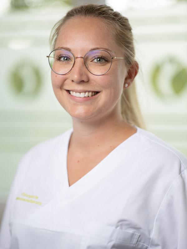 Julia Wagner MFA in der Chirurgie Germering